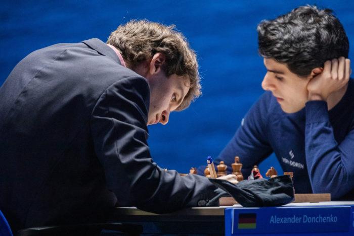 Александр Донченко и Арьян Тари (Вейк-ан-Зее 2021)