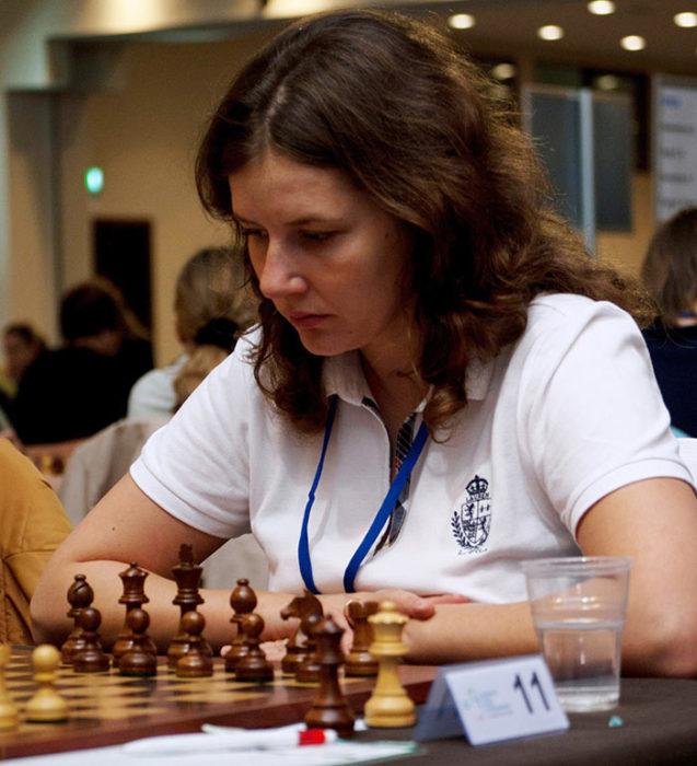 Шахматистка Дана Рейзниеце-Озола