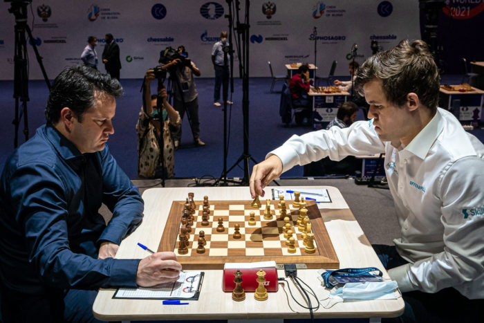 Этьен Бакро (Etienne Bacrot) и Магнус Карлсен (Magnus Carlsen), Кубок мира ФИДЕ 2021 (FIDE World Cup 2021)
