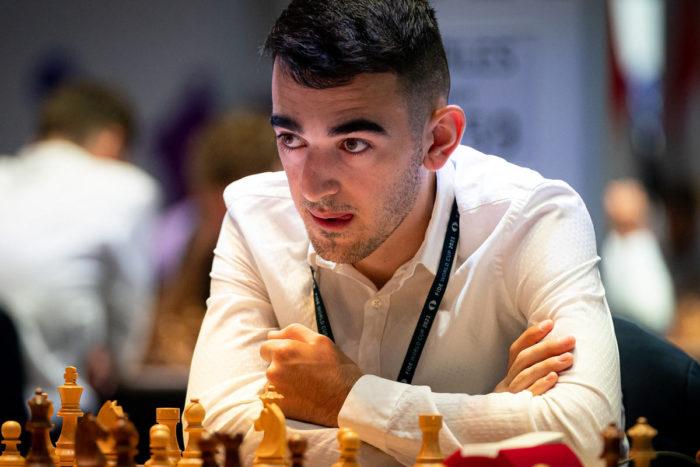 Армянский шахматист Айк Мартиросян (арм. Հայկ Մարտիրոսյան)