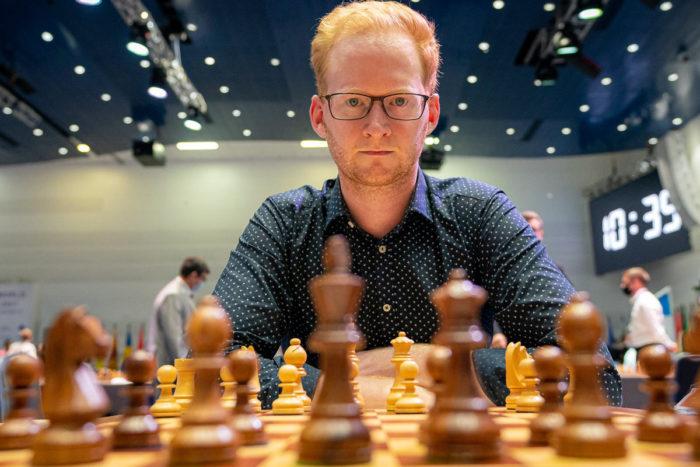 Исландский шахматист Хьйёрвар Стейн Гретарссон