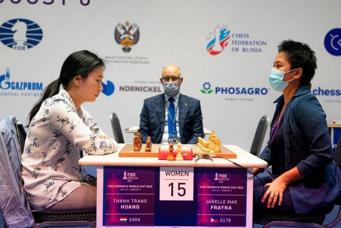 Шахматистки Хоанг Тхань Чанг и Жанель Мэй Фрайна (Кубок мира 2021, Сочи)