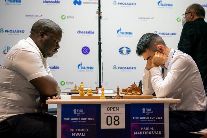 Читумбо Мвали и Айк Мартиросян (Кубок мира 2021 по шахматам, Сочи)