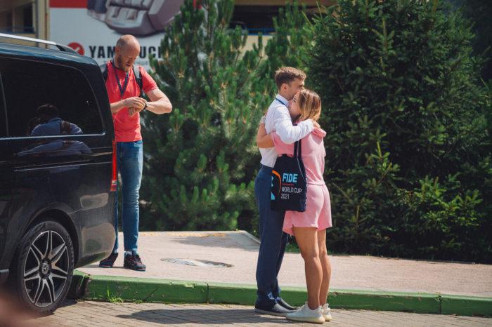 Сергей Карякин с женой Галией (Сочи, 2021)
