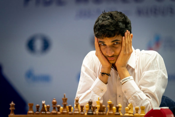 Индийский шахматист Видит Сантош Гуджрати. Кубок мира 2021 по шахматам, Сочи