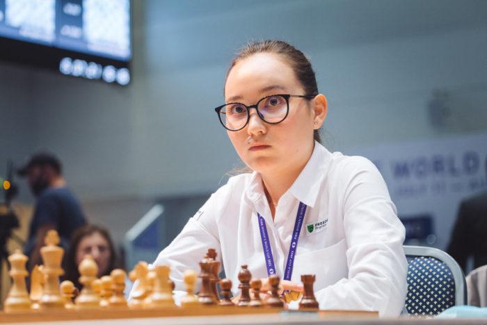 Шахматистка из Казахстана Жансая Абдумалик