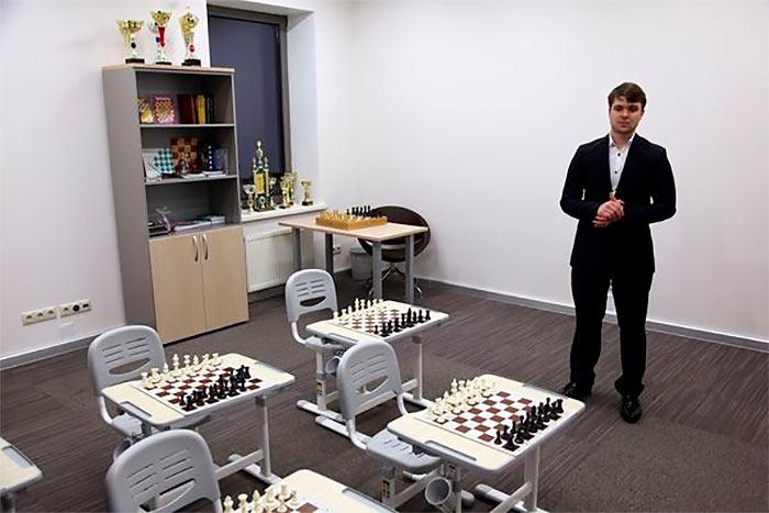 На открытии Шахматного центра Владимира Федосеева (Жуковка, 2017)