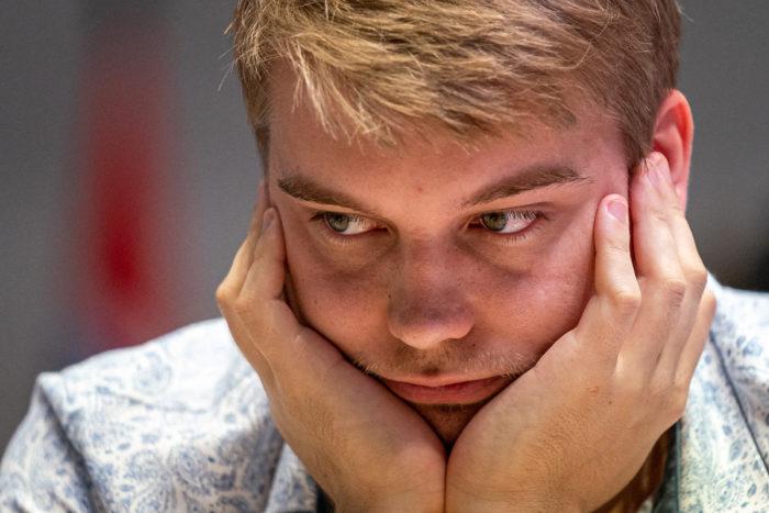Шахматист Владислав Ковалёв