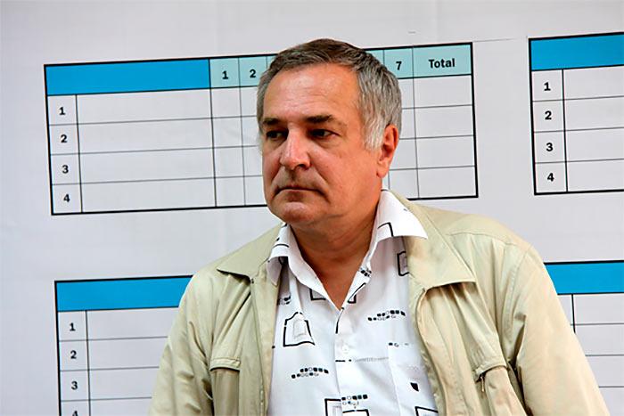 Гроссмейстер Сергей Долматов
